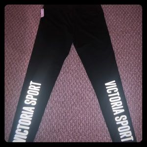 NWT- Victoria Secret Sport LoGo Tights